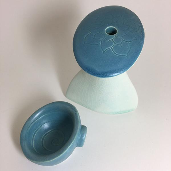 Lotus spiral pottery